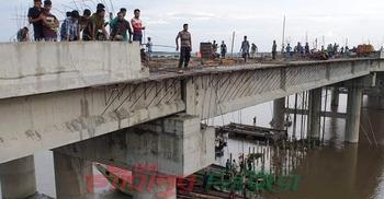 গফরগাঁওয়ে নির্মাণাধীন সেতু থেকে পড়ে শিশু নিহত