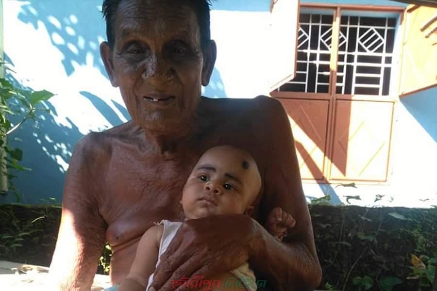 মুক্তাগাছায় ৭১ বছর বয়সে বাবা হলেন তোতা মিয়া