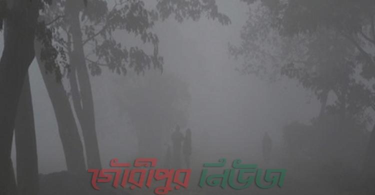 শীতে কাঁপছে নীলফামারী, বিকেল ৪টা বাজলেই রাত