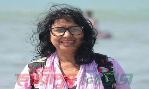কবিতা 'কাঁচ  পোকারা'………মাহমুদা  বেগম
