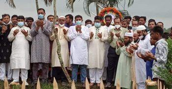 গৌরীপুরে শুভ্র'র কবর জিয়ারত করলেন আফজালুর রহমান বাবু