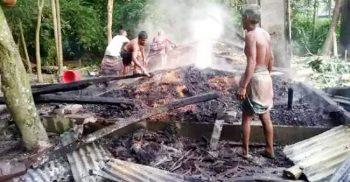 নান্দাইলে দুর্বৃত্তদের দেয়া আগুনে পুড়ল কৃষকের ১০০ মণ ধান