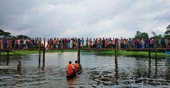গৌরীপুরে নৌকা বাইচ প্রতিযোগীতা অনুষ্টিত